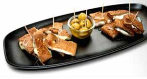 À l'Apéritif, une assiette fromagère à partager